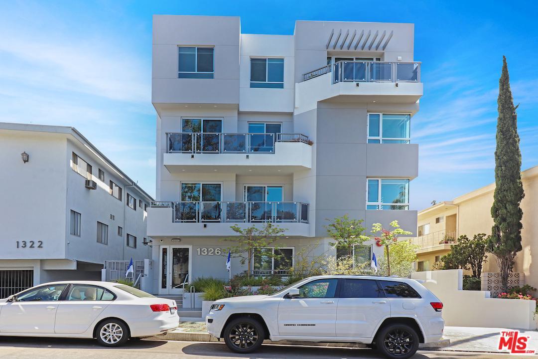 Photo of 1326 CENTINELA AVE, Los Angeles, CA 90025