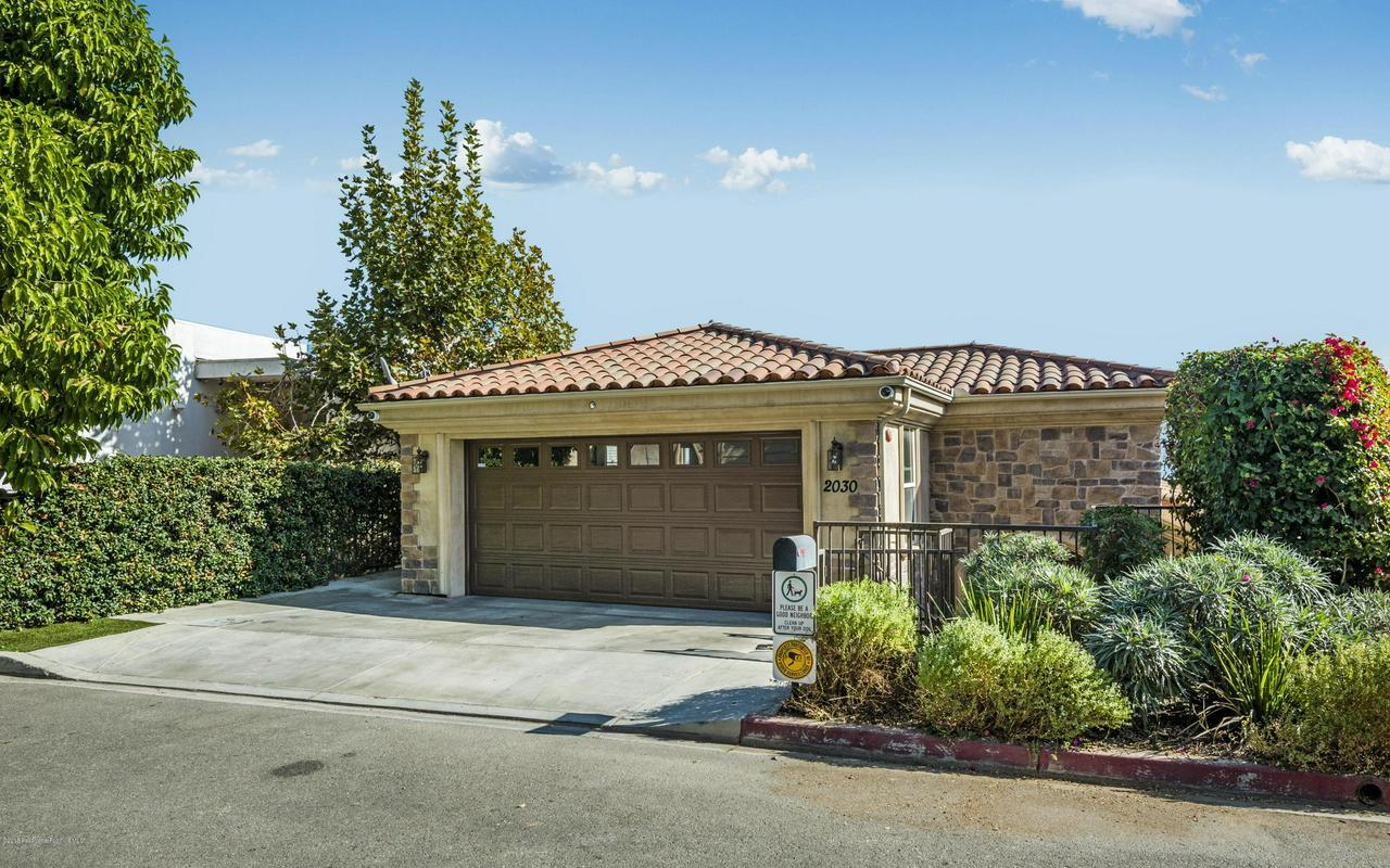 2030 HANSCOM, South Pasadena, CA 91030 - front of 2030 Hanscom