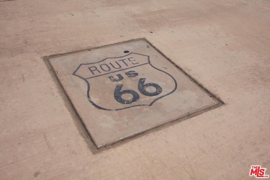 15526 FOOTHILL, Fontana, CA 92335