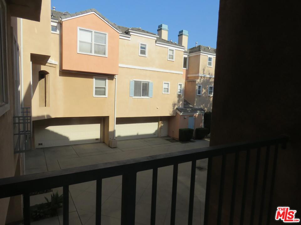 1881 ATLANTIC, Long Beach, CA 90806