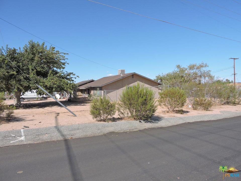 7399 PALOMAR, Yucca Valley, CA 92284