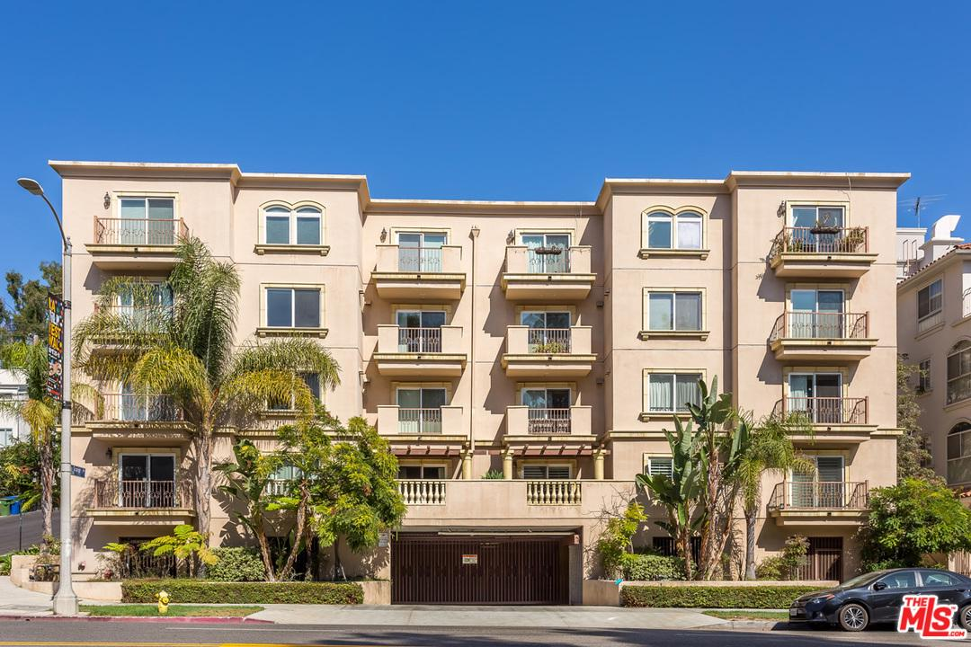 Property for sale at 10390 LA GRANGE AVE #102, Los Angeles,  CA 90025