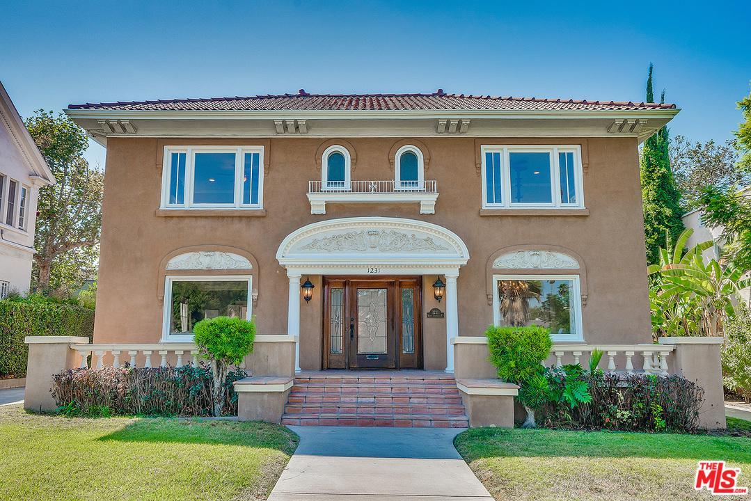 1231 ST ANDREWS, Los Angeles (City), CA 90019