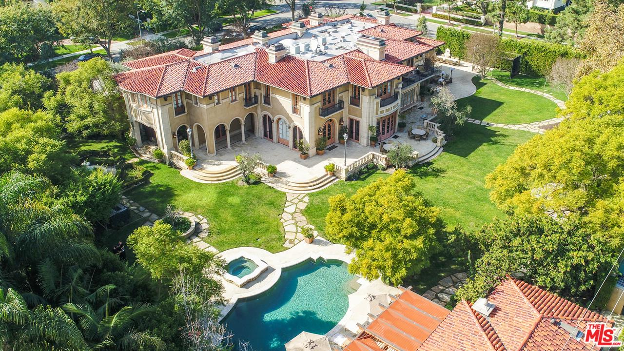 Property for sale at 918 N ROXBURY DR, Beverly Hills,  CA 90210