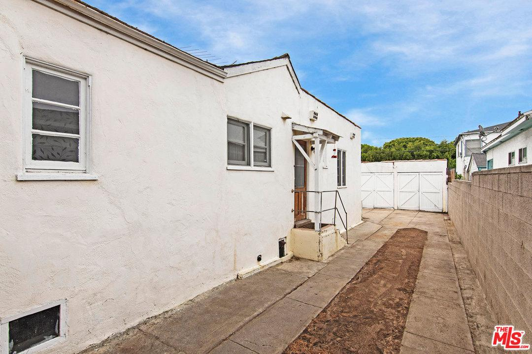 2425 20TH STREET, SANTA MONICA, CA 90405  Photo 31