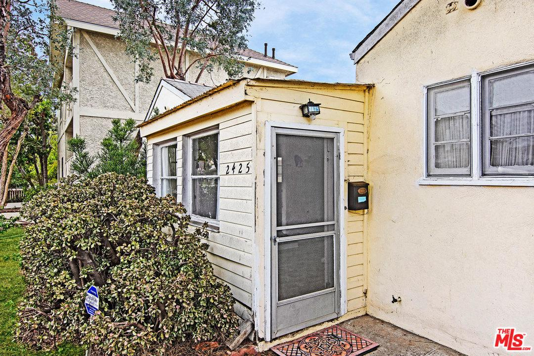 2425 20TH STREET, SANTA MONICA, CA 90405