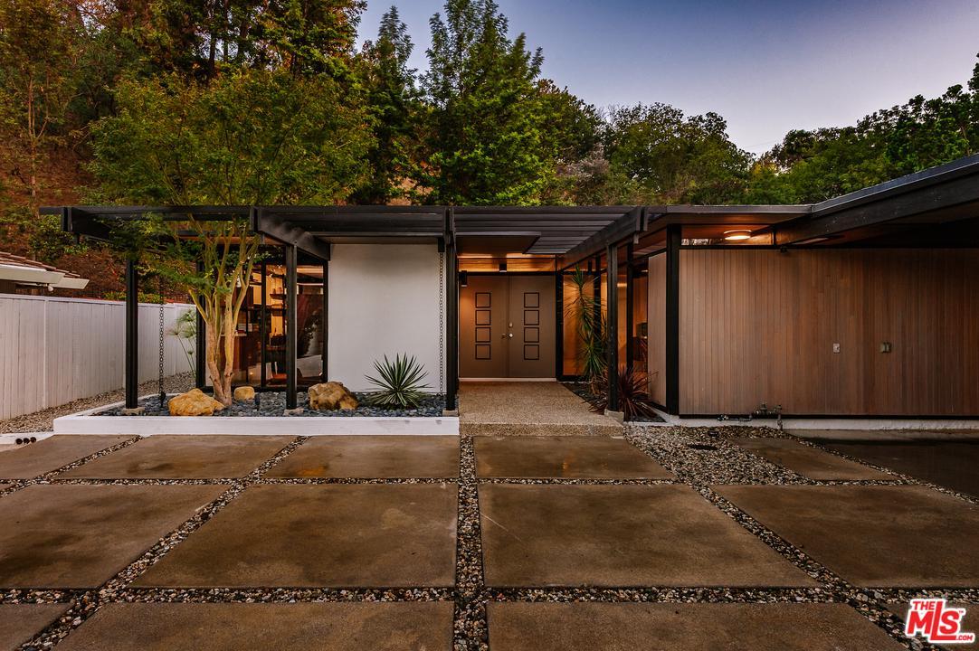 Photo of 3337 SCADLOCK LN, Sherman Oaks, CA 91403