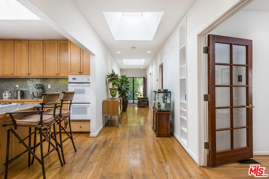 Property for sale at 1237 POINSETTIA DR, West Hollywood,  CA 90046