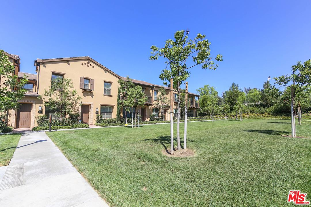 121 MIGHTY OAK, Irvine, CA 92602