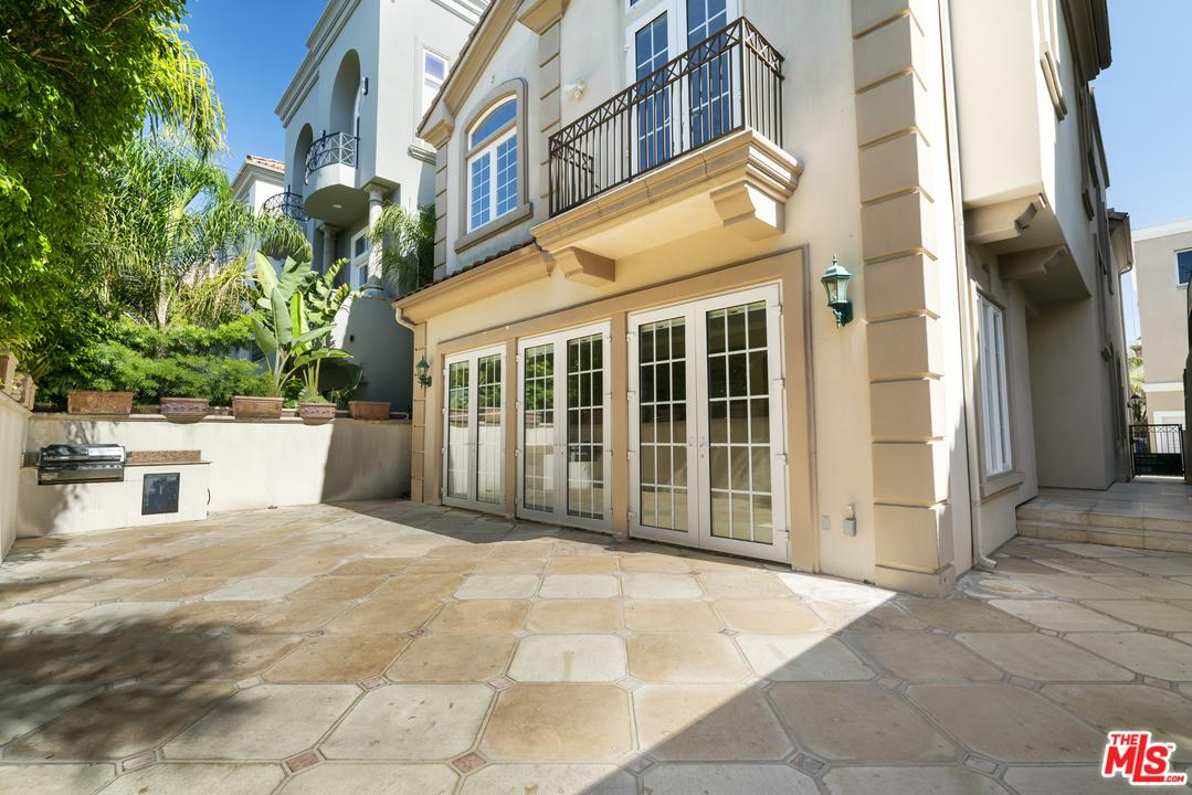 Property for sale at 134 VOYAGE MALL, Marina Del Rey,  CA 90292