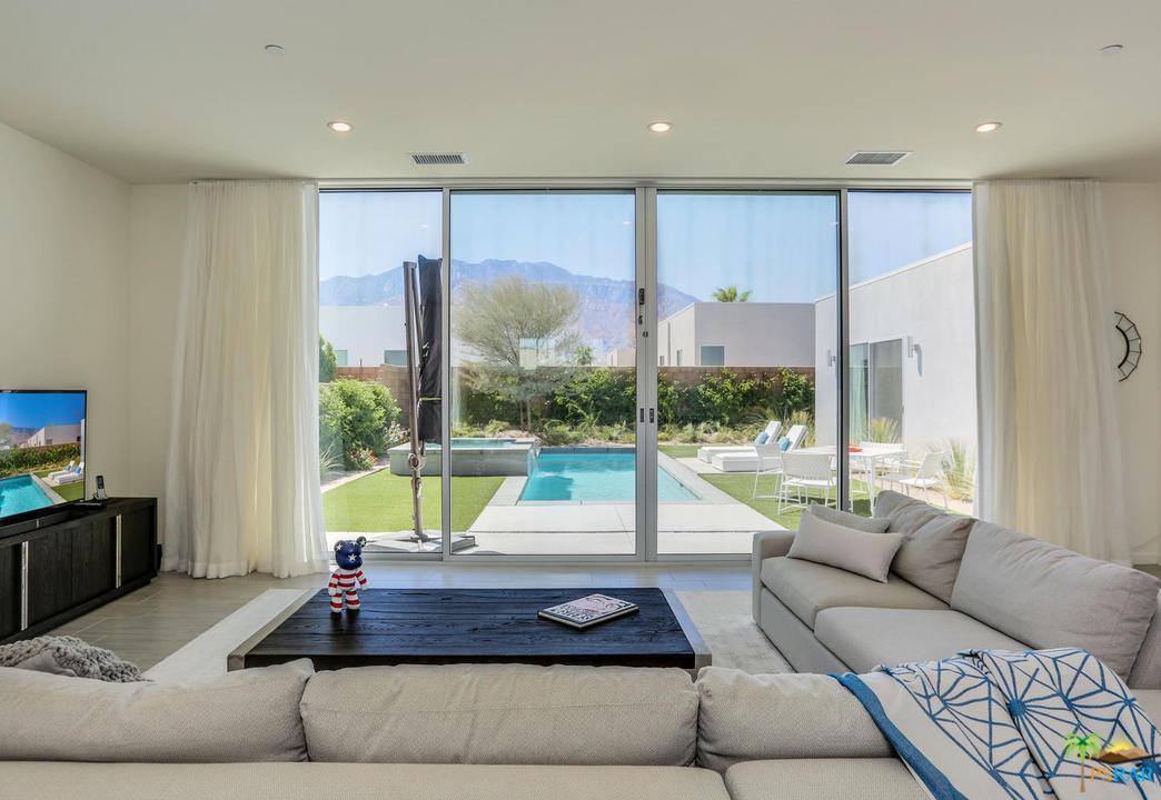 699 EQUINOX, Palm Springs, CA 92262