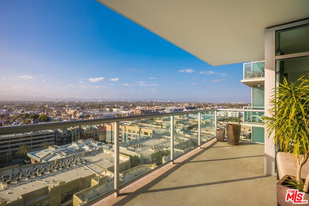 Photo of 13700 MARINA POINTE DR, Marina Del Rey, CA 90292