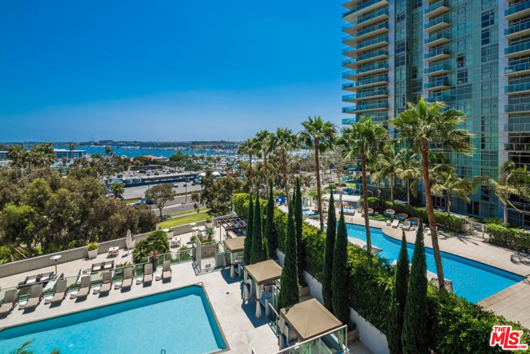 Property for sale at 13650 MARINA POINTE DR #702, Marina Del Rey,  CA 90292