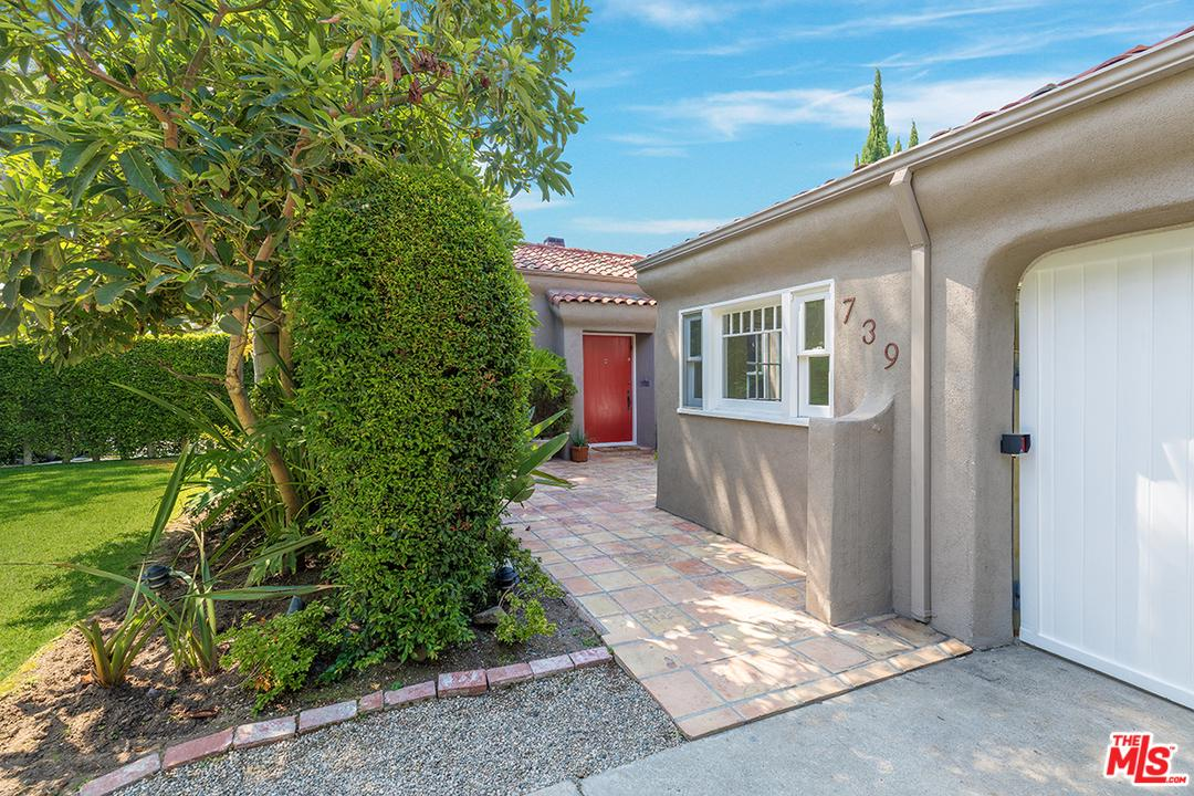 739 NORTH CRESCENT HEIGHTS, LOS ANGELES, CA 90046