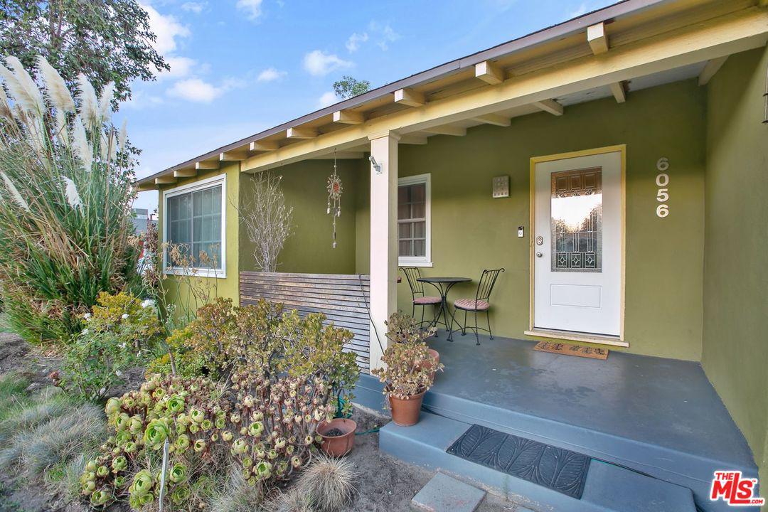 6056 SIMPSON Avenue - North Hollywood, California