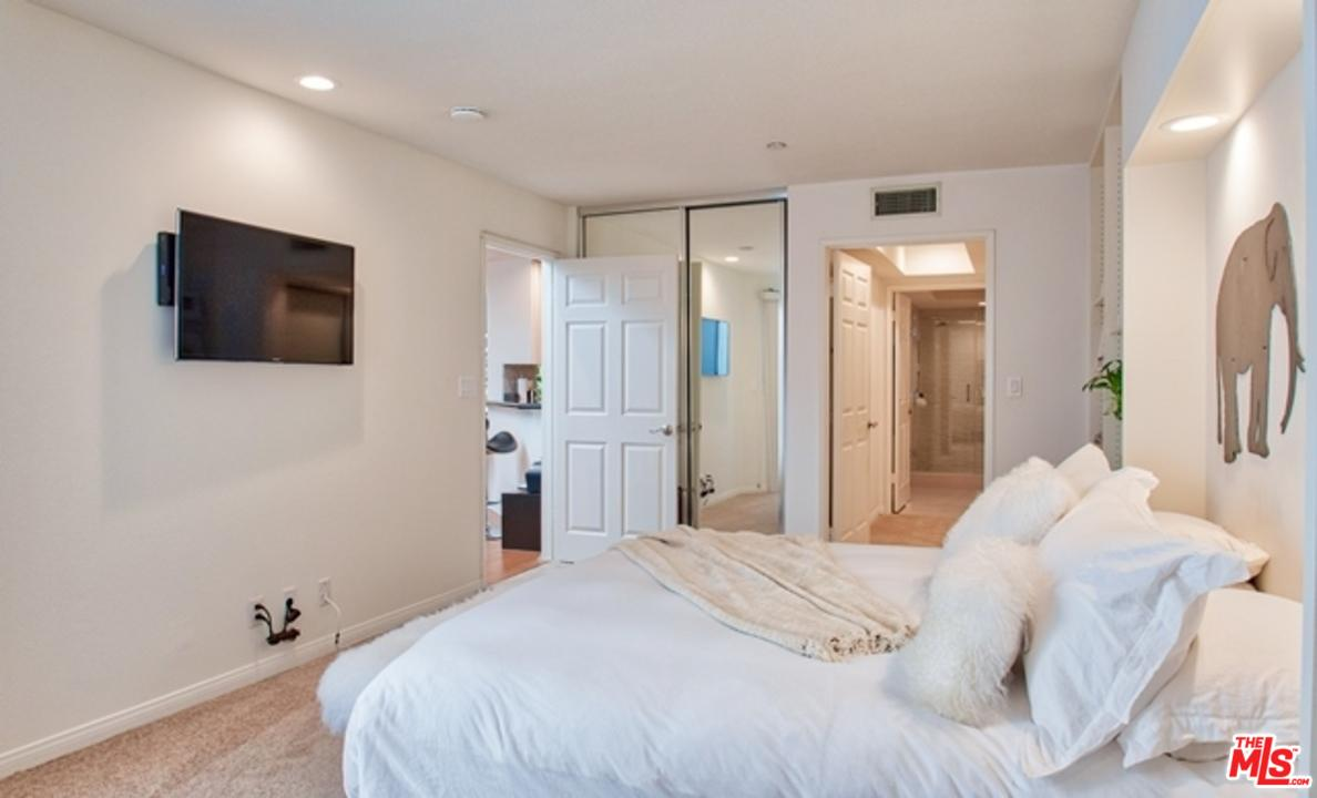 12000 GOSHEN AVENUE #305, LOS ANGELES, CA 90049  Photo 13