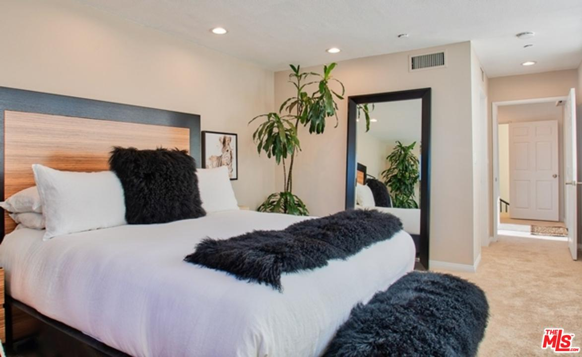 12000 GOSHEN AVENUE #305, LOS ANGELES, CA 90049  Photo 18