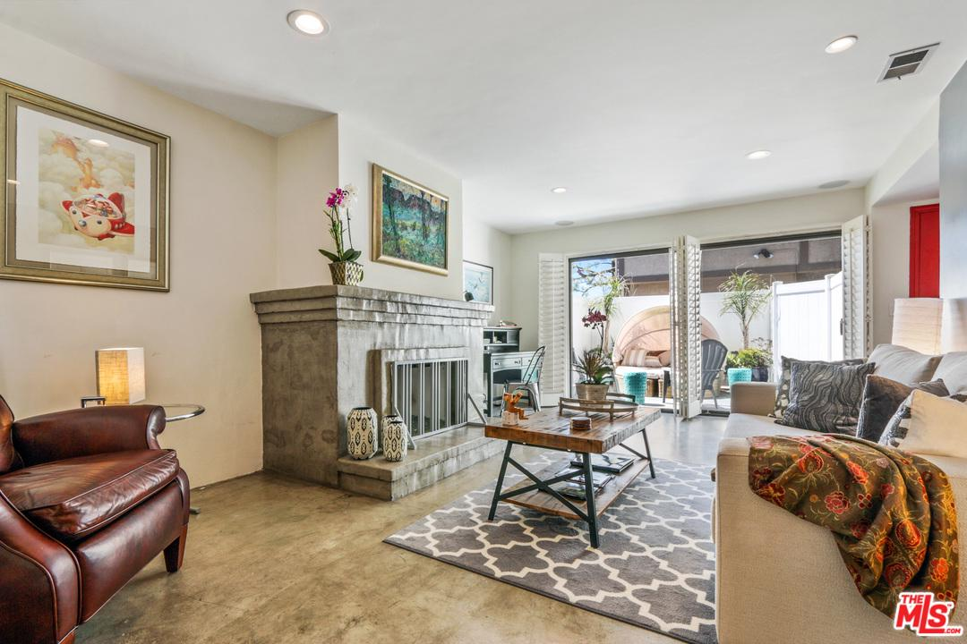 1140 MANHATTAN BEACH, Manhattan Beach, CA 90266