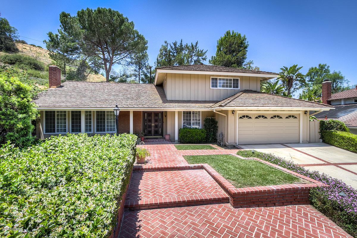 Photo of 172 WEST JANSS CIRCLE, Thousand Oaks, CA 91360