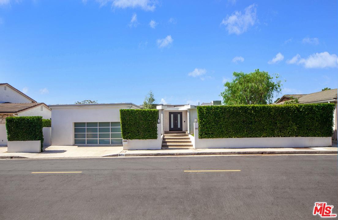 2433 VENUS, Los Angeles (City), CA 90046