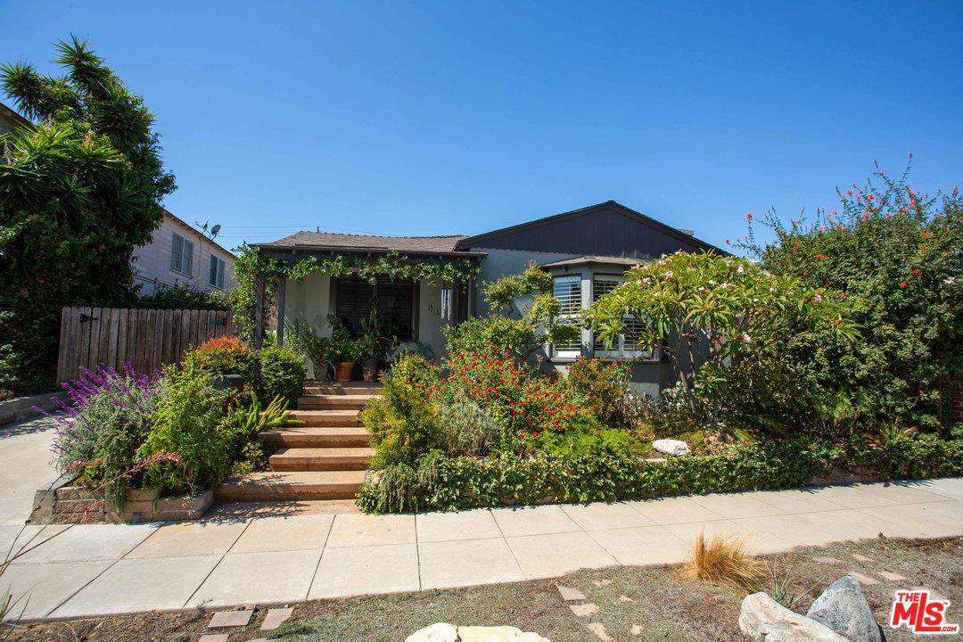 831 BENNETT, Long Beach, CA 90804