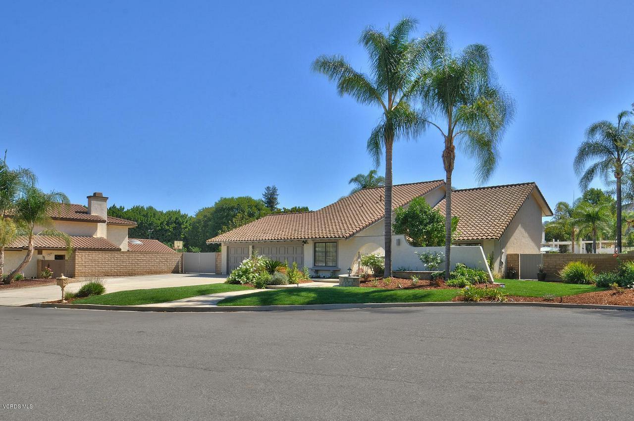 Photo of 138 STONEBROOK STREET, Simi Valley, CA 93065