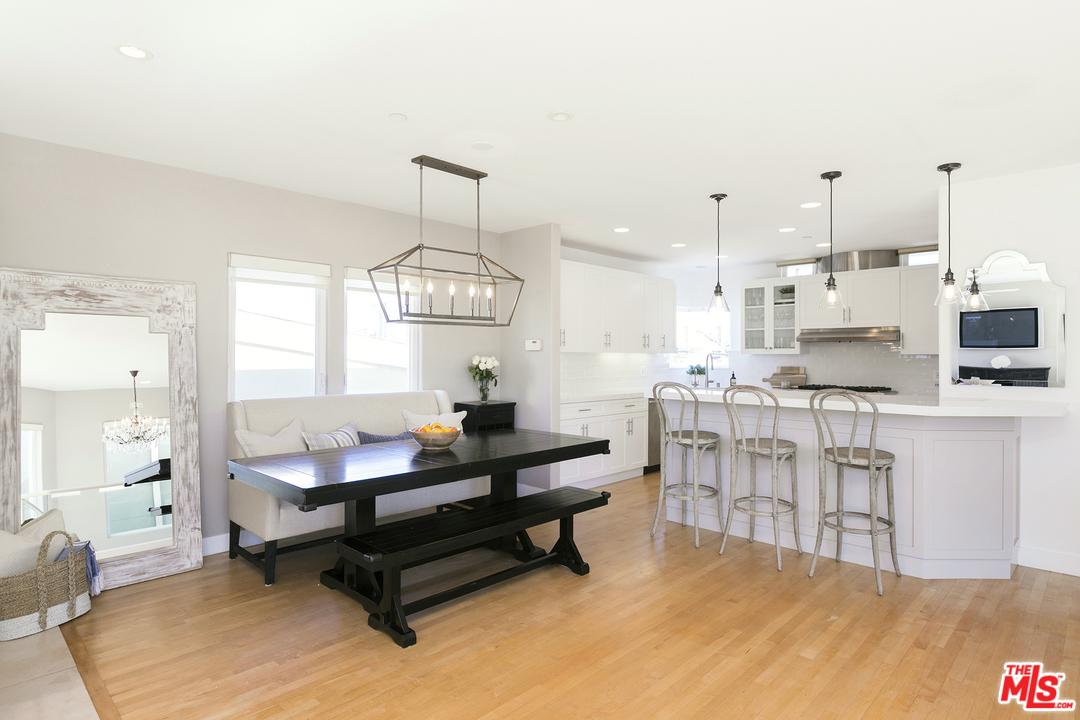 3305 VISTA, Manhattan Beach, CA 90266