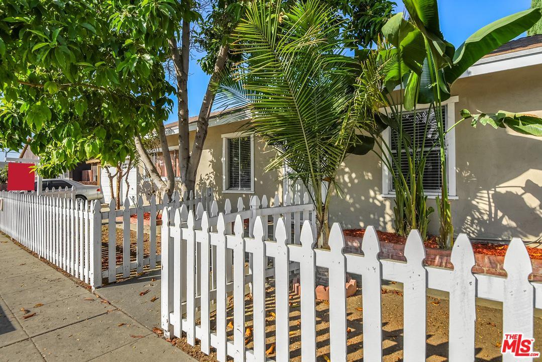 5933 JOHN, Long Beach, CA 90805