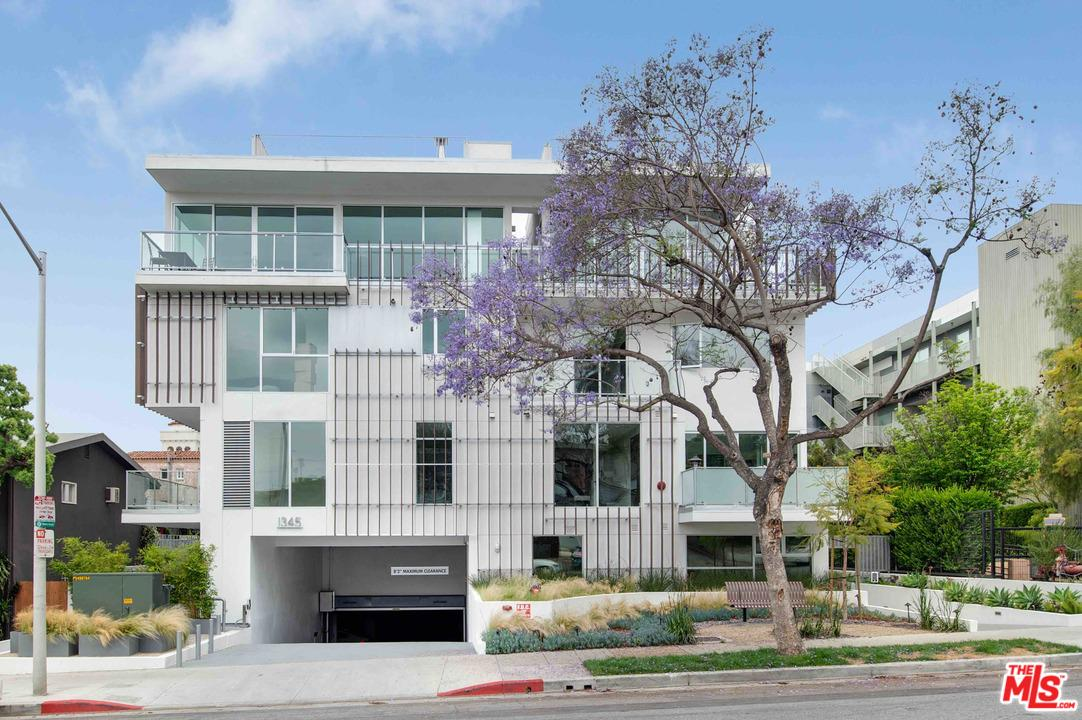 1345 HAVENHURST, West Hollywood, CA 90046