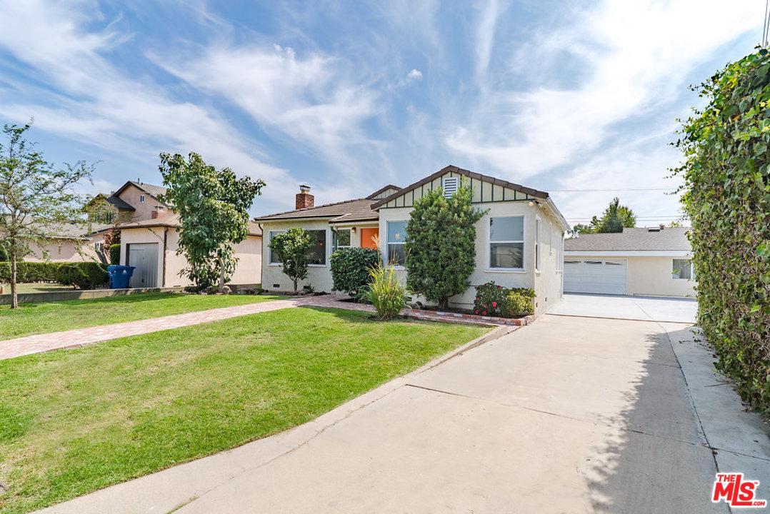 Photo of 4635 LINDBLADE DR, Culver City, CA 90230