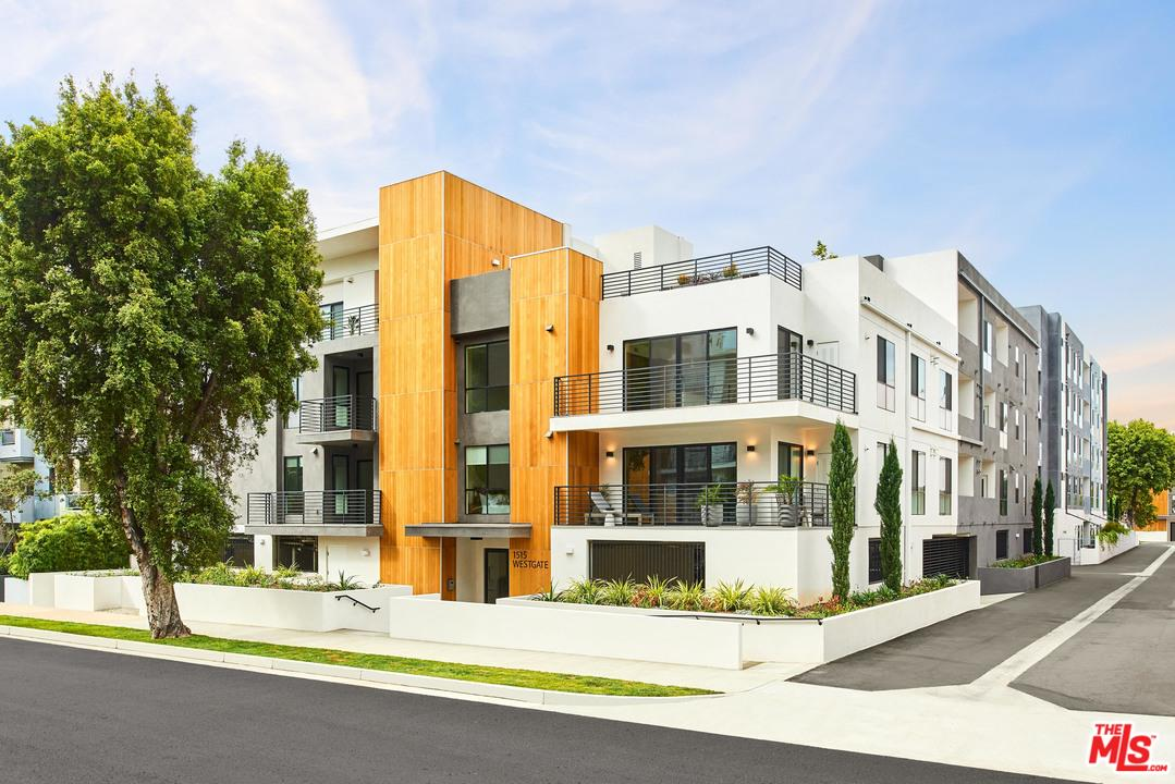 Photo of 1515 S WESTGATE AVE, Los Angeles, CA 90025