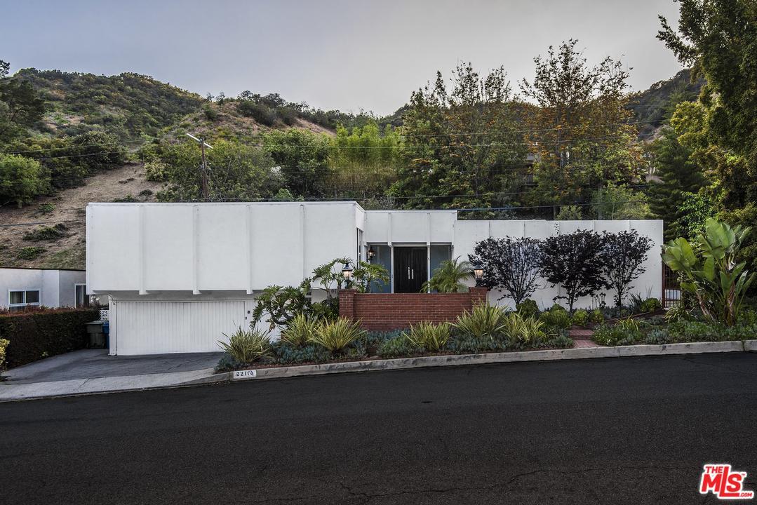 2211 SAN YSIDRO, Beverly Hills, CA 90210
