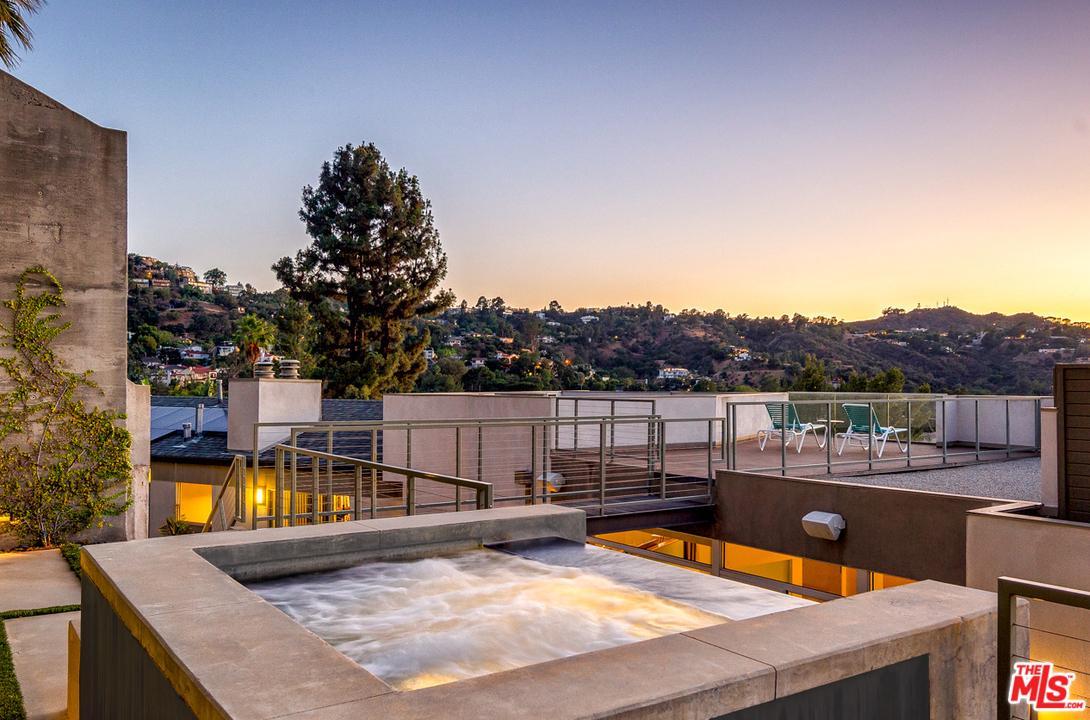 3274 KNOLL, Los Angeles (City), CA 90068