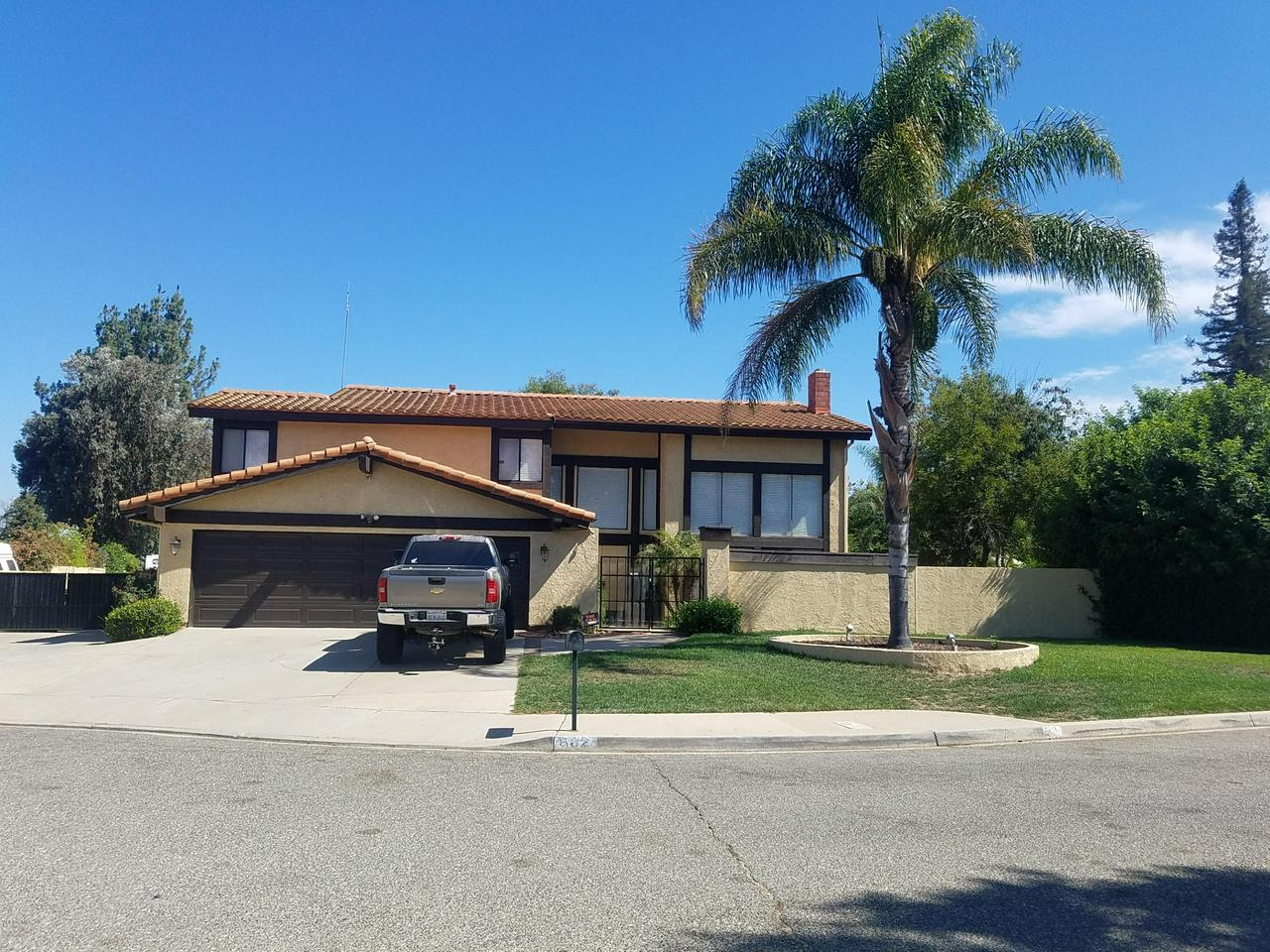 Photo of 562 PINECLIFF PLACE, Simi Valley, CA 93065