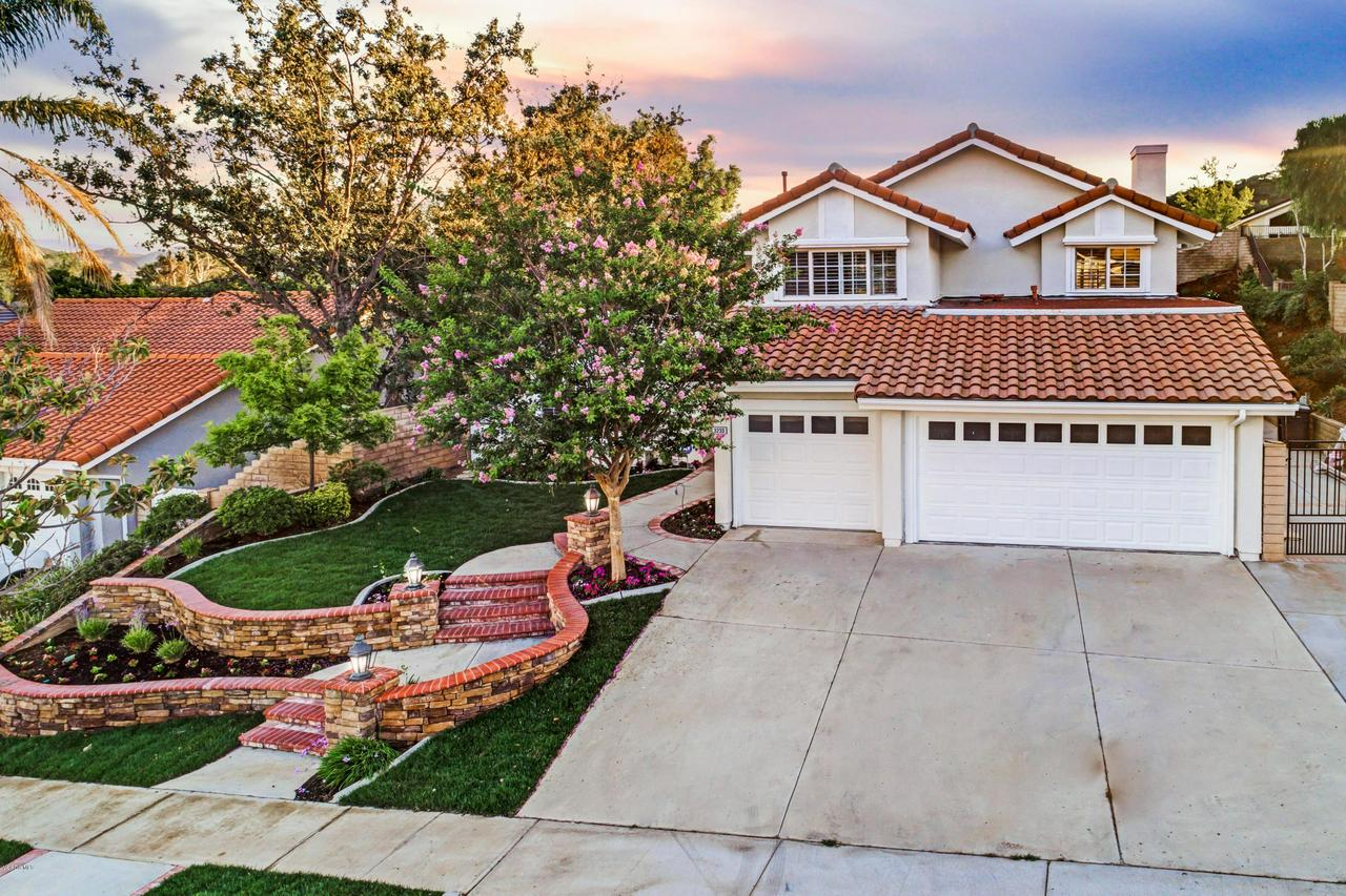 Photo of 3233 CRAZY HORSE DRIVE, Simi Valley, CA 93063