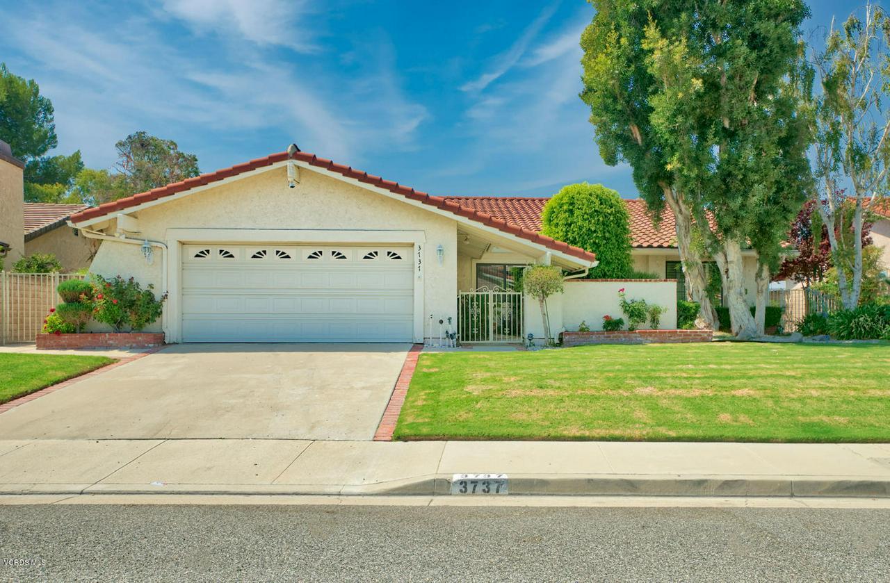 Photo of 3737 SUNSET KNOLLS DRIVE, Thousand Oaks, CA 91362