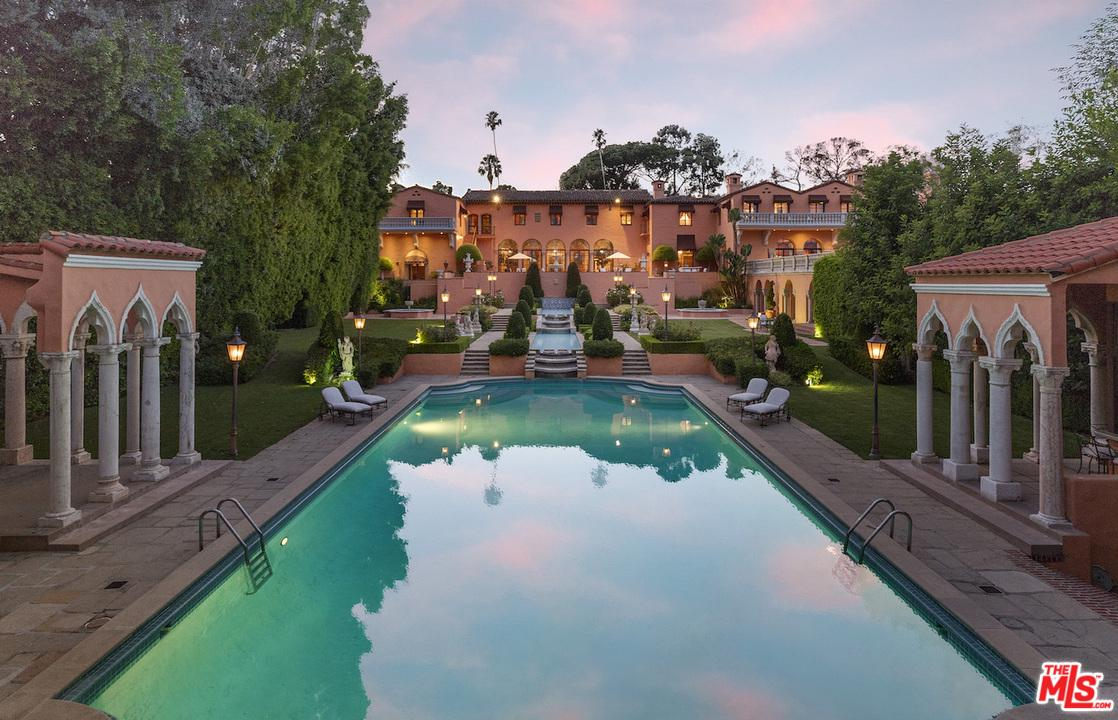 Property for sale at 1011 N BEVERLY DR, Beverly Hills,  CA 90210