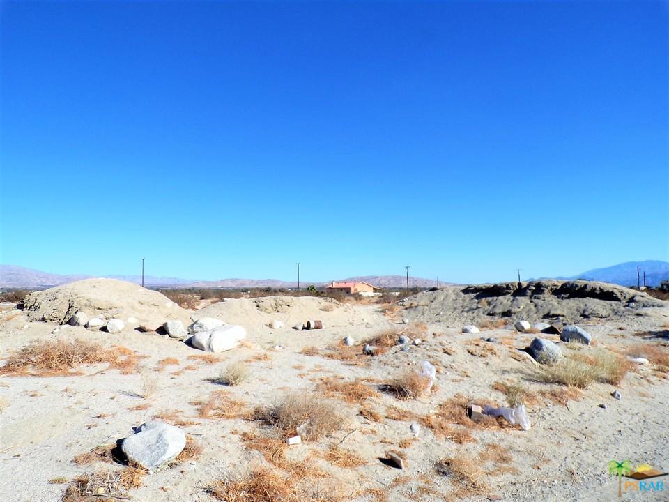 16620 CAROL, Desert Hot Springs, CA 92240