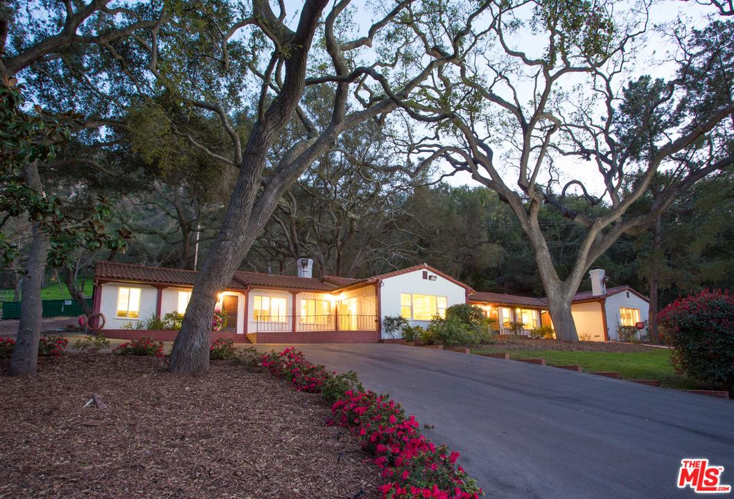 Photo of 1688 HIDDEN VALLEY RD, Thousand Oaks, CA 91361
