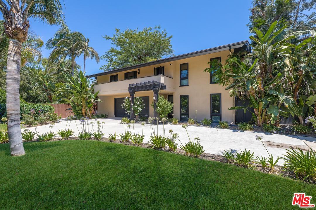 Photo of 4030 STANSBURY AVE, Sherman Oaks, CA 91423
