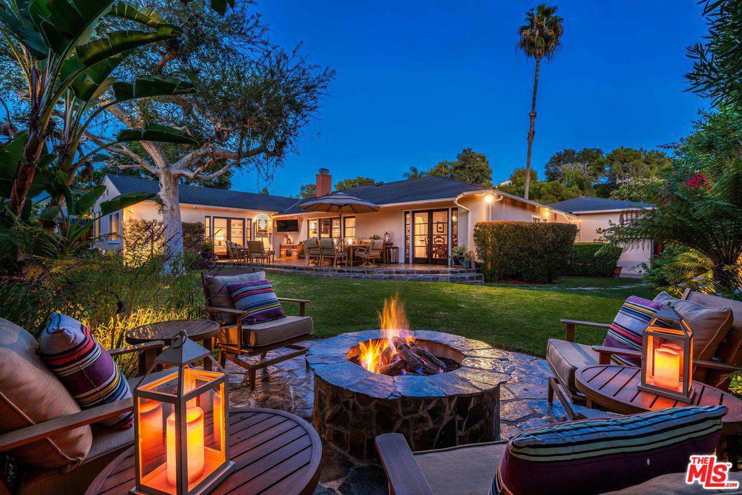 1349 ALLENFORD, Los Angeles (City), CA 90049