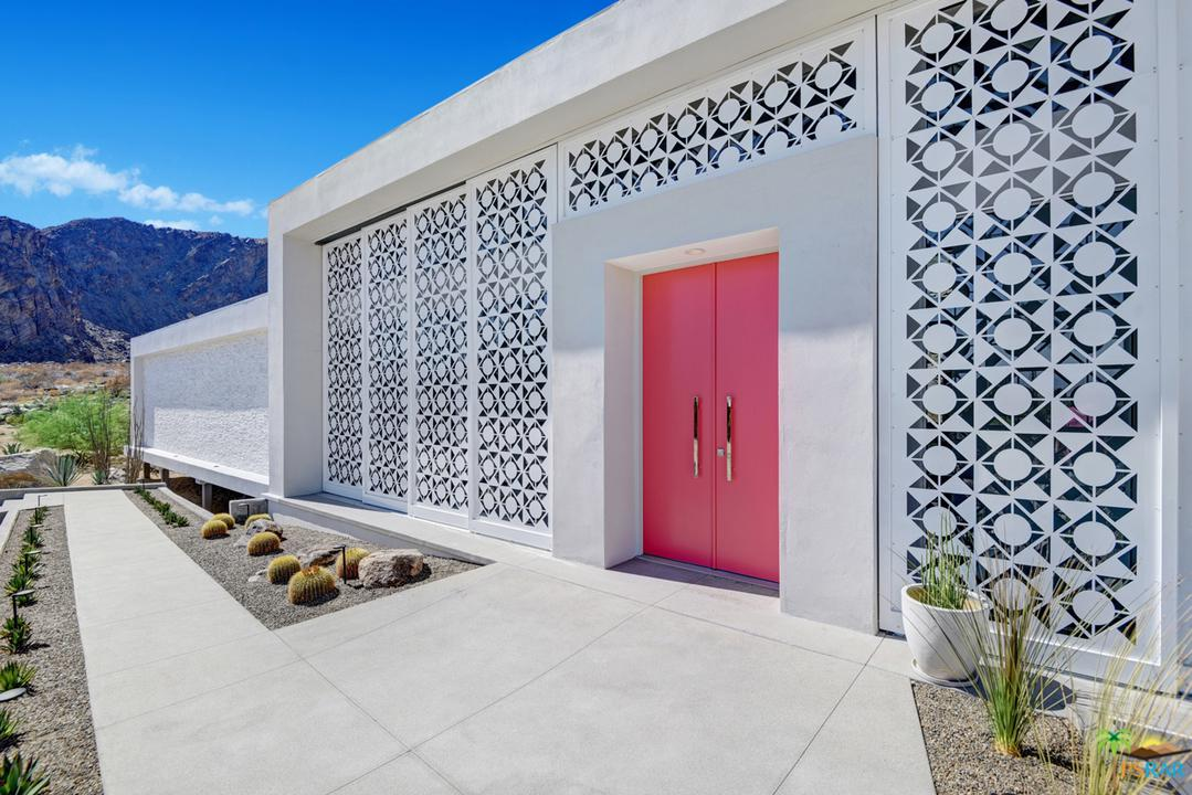 884 LA MIRADA, Palm Springs, CA 92264
