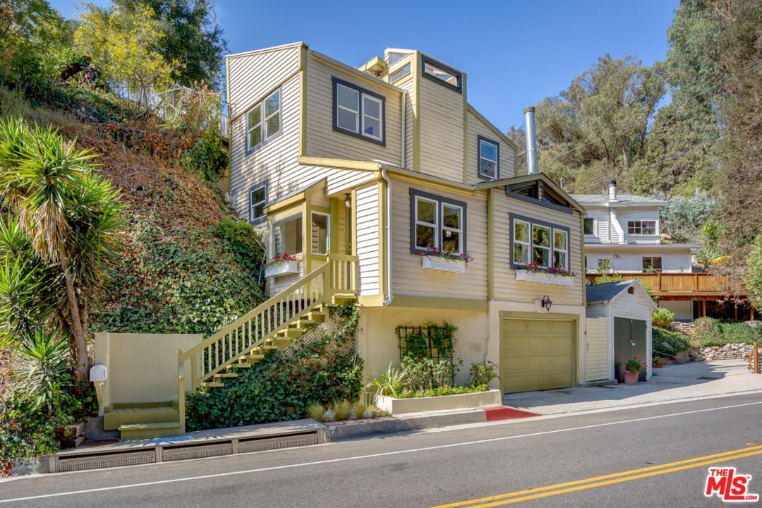 1523 BEVERLY GLEN, Los Angeles (City), CA 90077