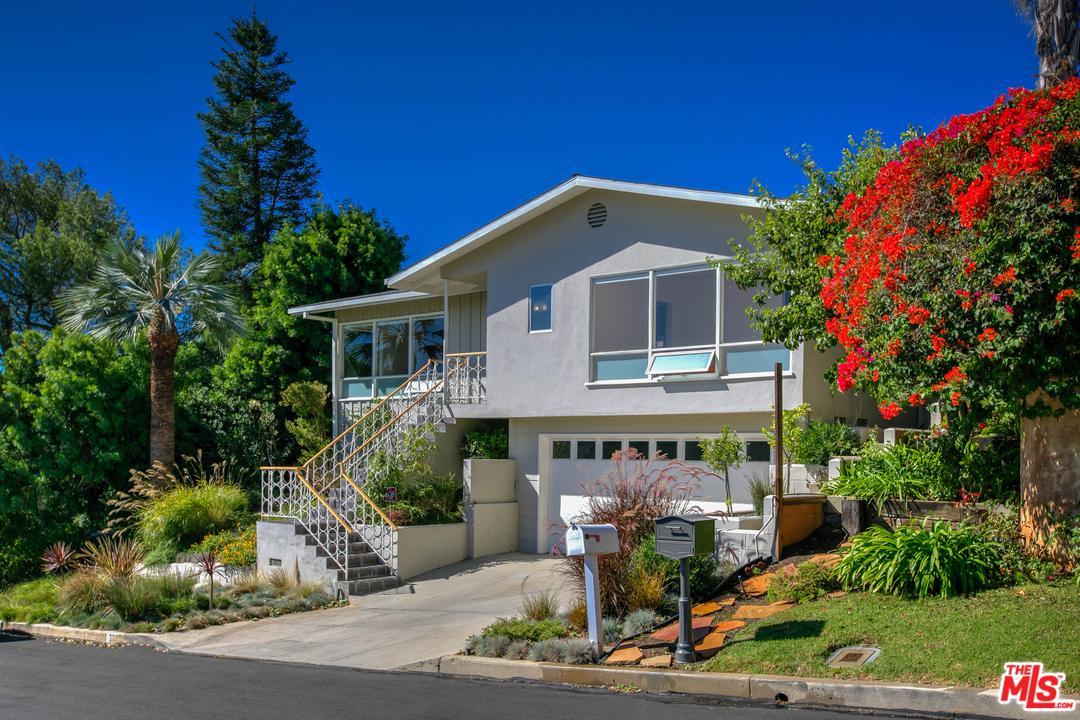221 QUADRO VECCHIO, Pacific Palisades, CA 90272