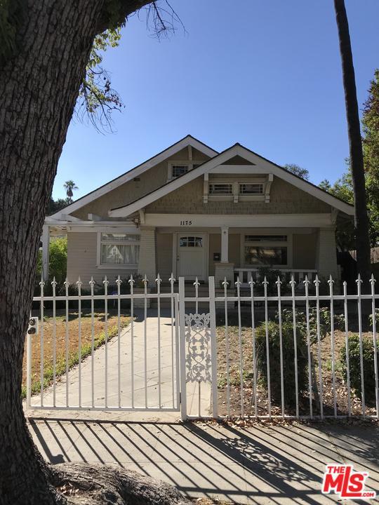 1175 LOS ROBLES, Pasadena, CA 91104