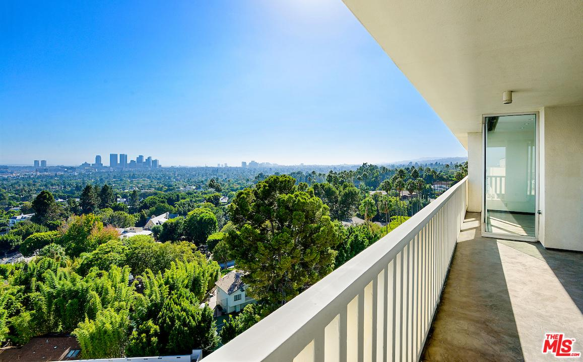 Property for sale at 9255 DOHENY RD #1006, West Hollywood,  CA 90069