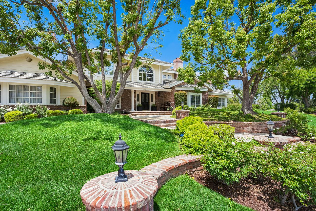Photo of 585 RIVER HILLS COURT, Simi Valley, CA 93065