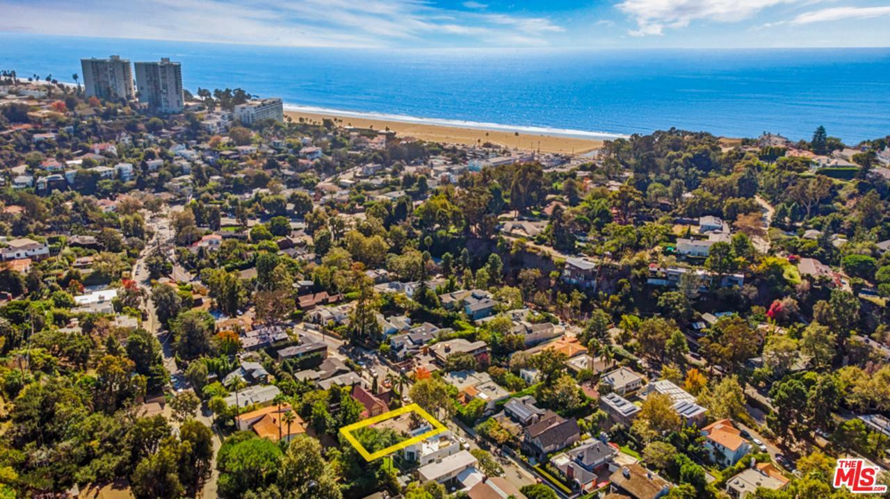 Photo of 408 SYCAMORE RD, Santa Monica, CA 90402