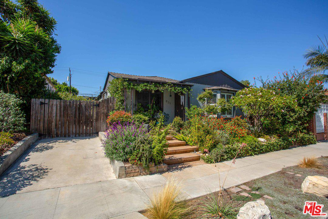 831 BENNETT, Long Beach, CA 90804