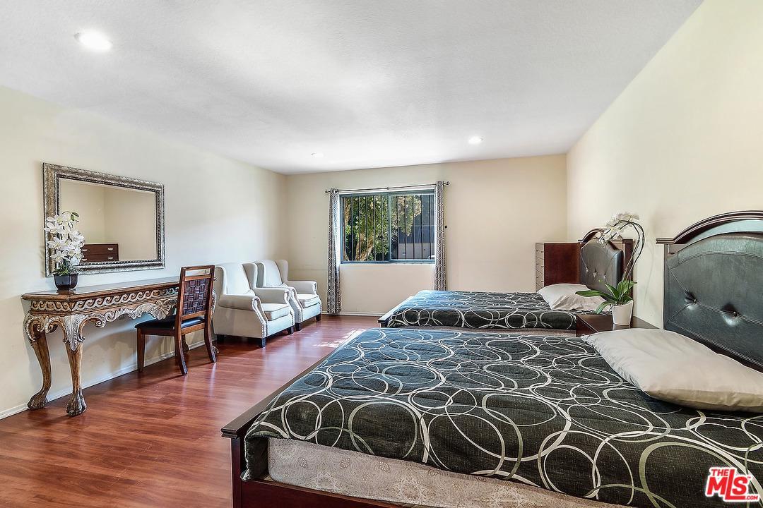 821 NORTH FORMOSA AVENUE #101, LOS ANGELES, CA 90046  Photo 19
